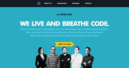 Uso de colores vibrantes en diseño de pagina web: Tilde Inc