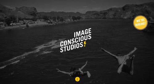 Ejemplos de paginas web con uso de colores oscuros: Image Conscious Studio