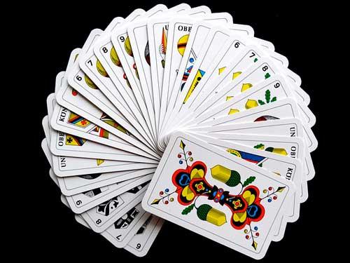 consejos-practicos-mejorar-experincia-de-usuario-aplicaciones-moviles-usar-tarjetas