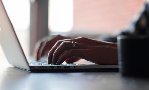 consejos-esenciales-estrategia-marketing-en-instagram-publicar-contenido-adicional