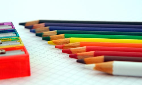 como-trabajar-tipografia-diseno-de-un-logo-considerar-paleta-colores-marca
