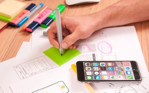 proyectos-esenciales-incluir-portafolio-online-disenador-web-diseno-interfaz-aplicacion-movil