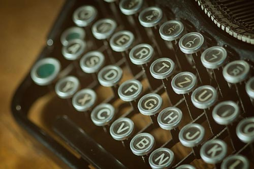 consideraciones-tener-cuenta-publicar-como-autor-invitado-blog-biografia-autor